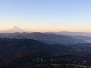 伊豆大室山より望む富士山